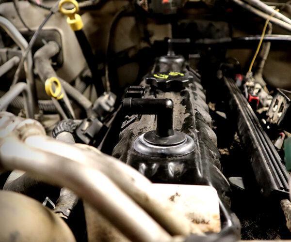 Jeep TJ 4.0L Valve Cover Gasket replacement.